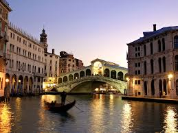 Removals to Italy from London = Move to Italy
